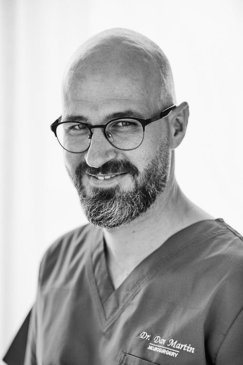 Dr. Dan Martin - Neurochirurgie